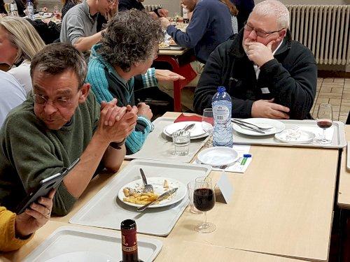 Retrouvailles lors de la soirée Anciens (novembre 2019) - Crédit photo : E. Gillet - P. Fraiteur