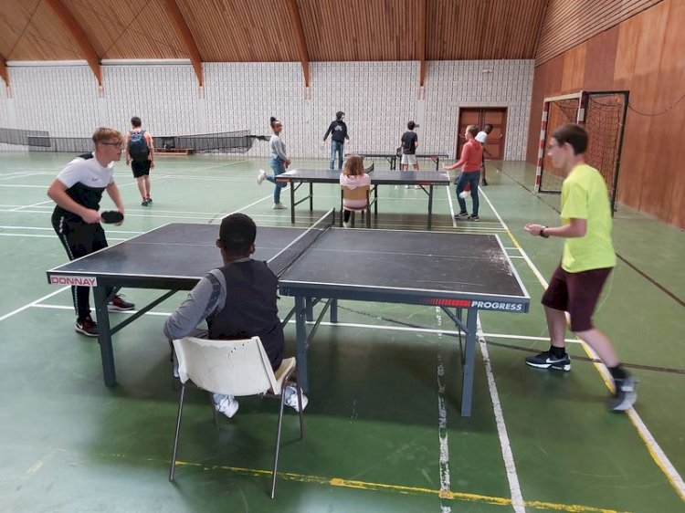 Tournoi de Tennis de table à l'internat