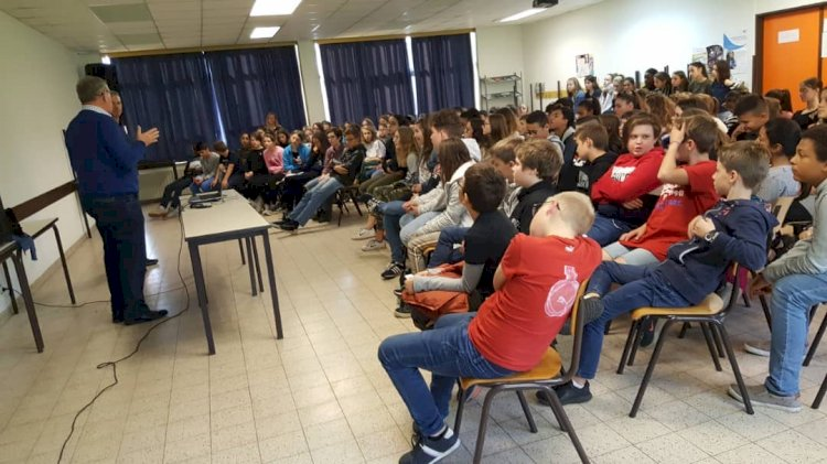 Visite du Dr Jules au collège Saint-Vincent 1er degré #ProjetKomla