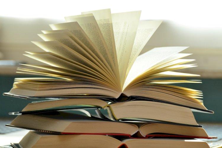 Livres et manuels scolaires pour la rentrée de septembre 2020